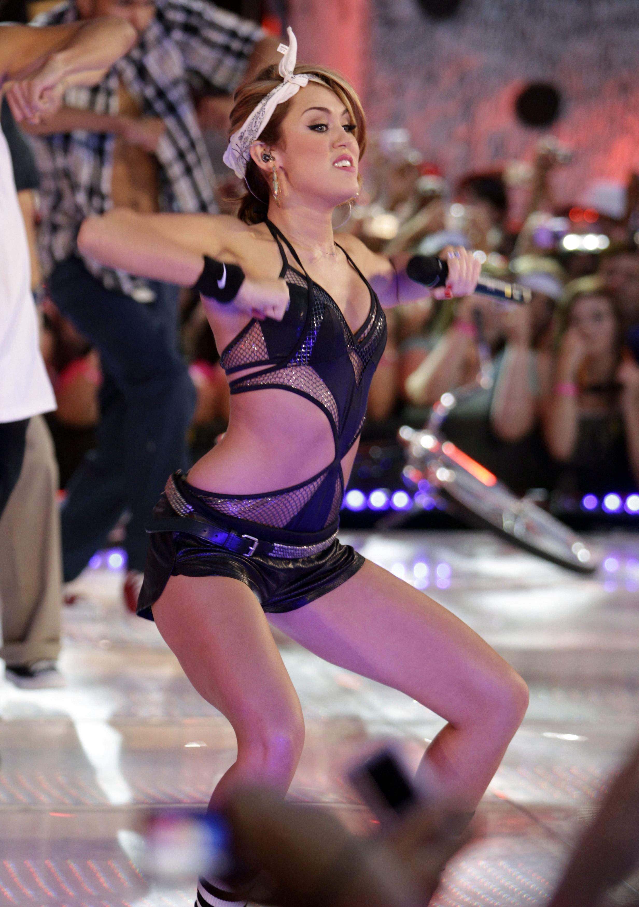 Bbw Nude Miley Cyrus