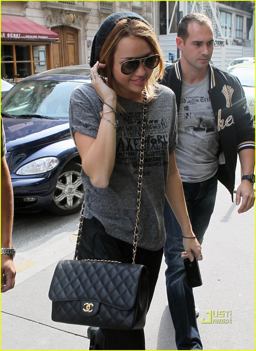 Miley LOL-ing In Paris » Miley Cyrus Shows Off Her Style in Paris!